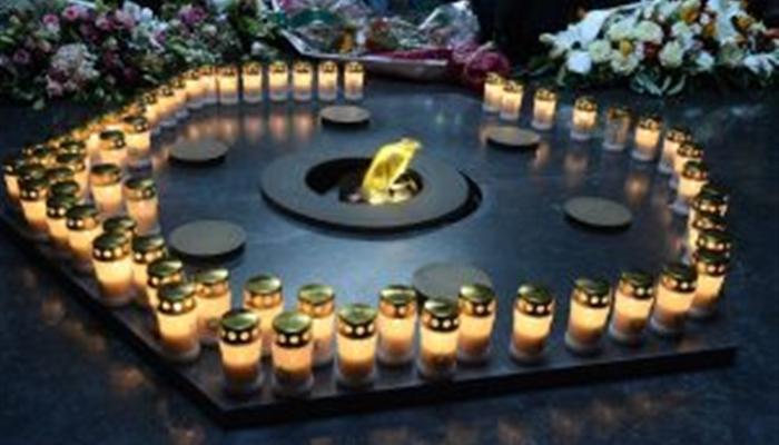 Dépôt de gerbes et allumage de bougies 27 janvier 2017